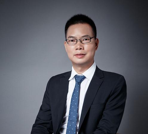 国内黄金高级分析师吕超
