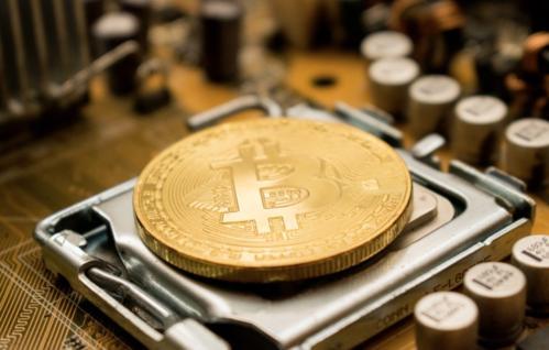 陈楚初:比特币三天价格上涨近千点 可今日拉伸受阻建议反弹