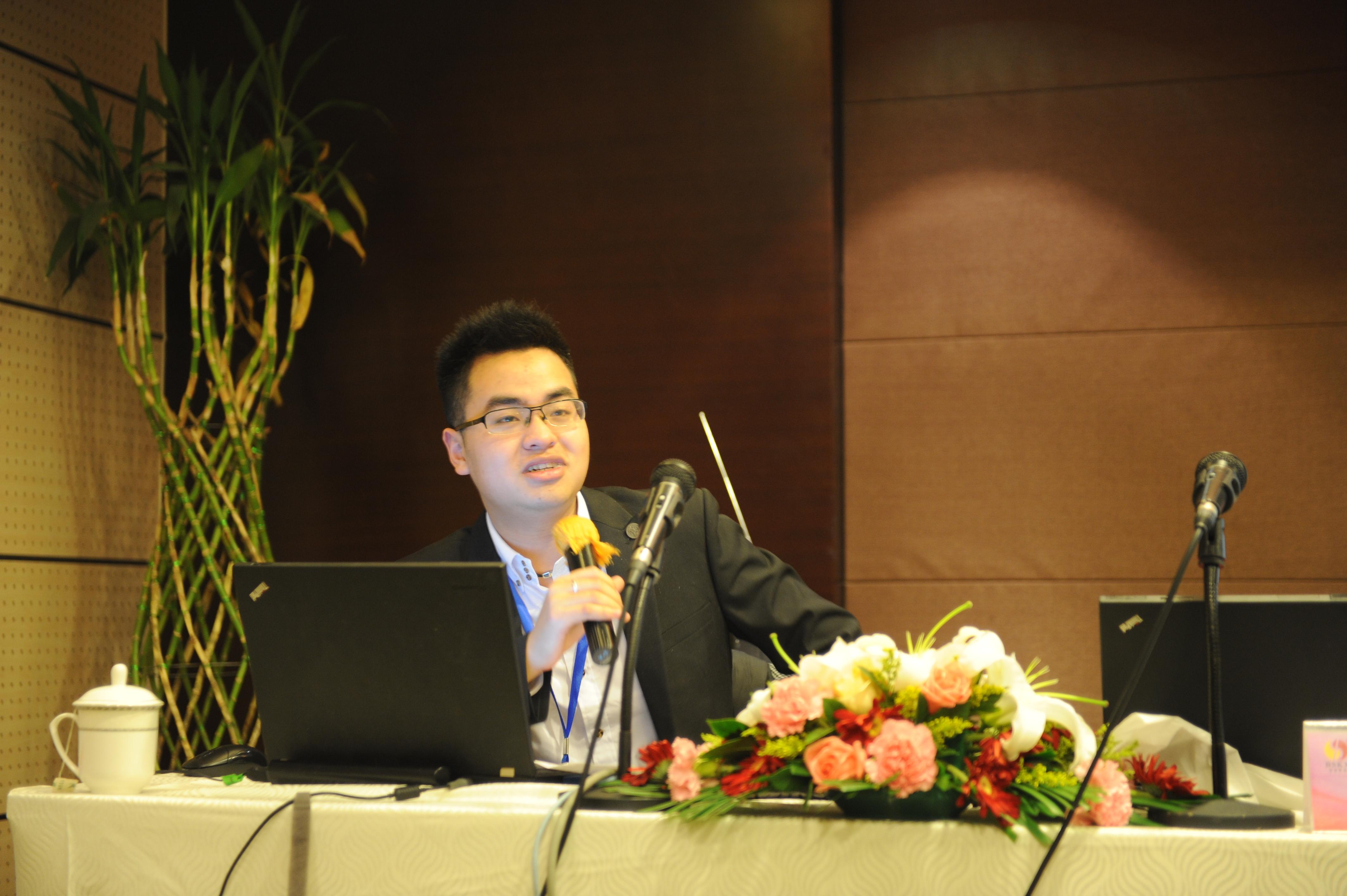 高级金融分析师郭凯